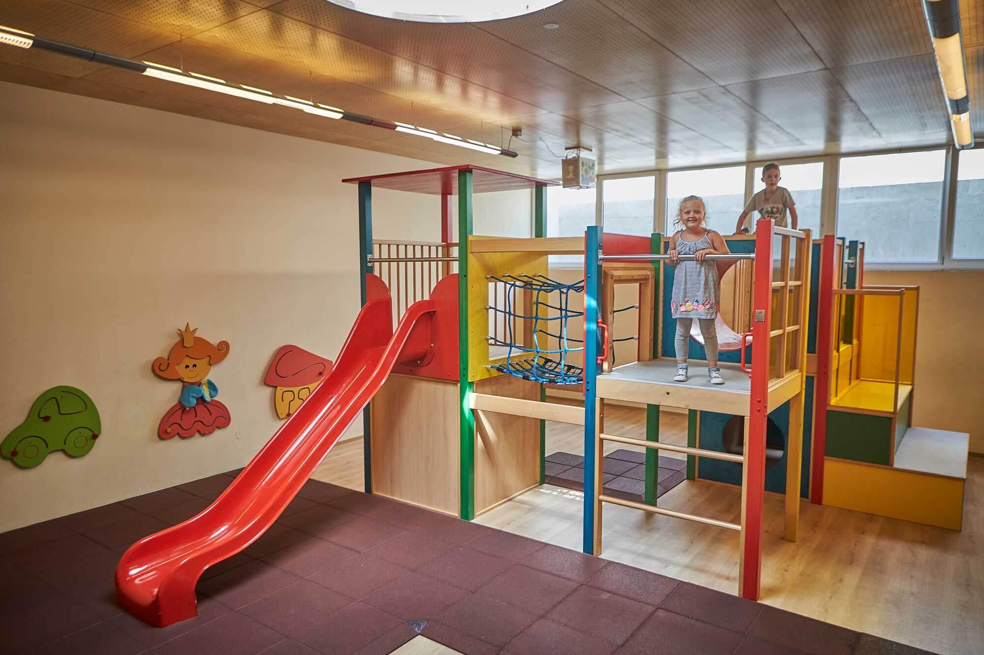 Indoor Kinderspielraum-innen-Gasthof-Pflegerbruecke-Salzburg